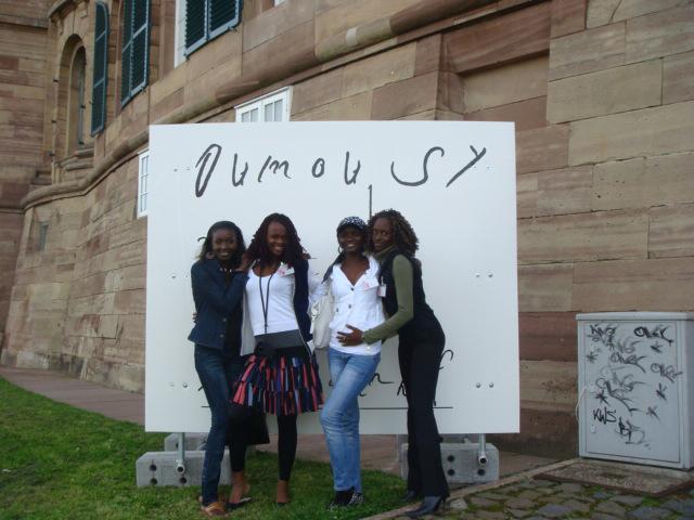 Preview image Atelier Oumou Sy Dakar / Dokumenta 12